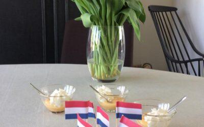 Een toast op onze koning!